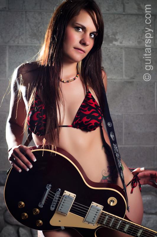 Chenelle Lynn